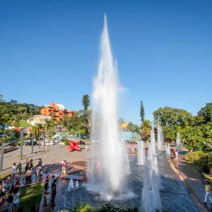 Praça Dr Octávio Moura Andrade em Águas de São Pedro | Portal Serra do Itaqueri