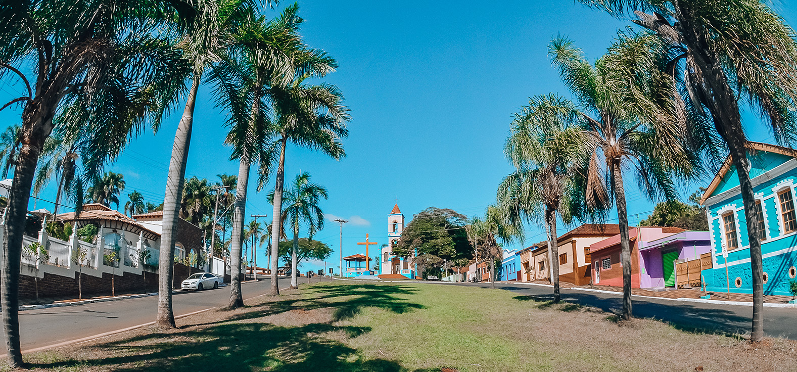 Largo da Santa Cruz em Brotas | Portal Serra do Itaquerí