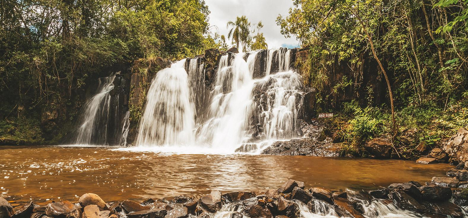 Cachoeira Bom Sucesso em Torrinha | Portal Serra do Itaquerí