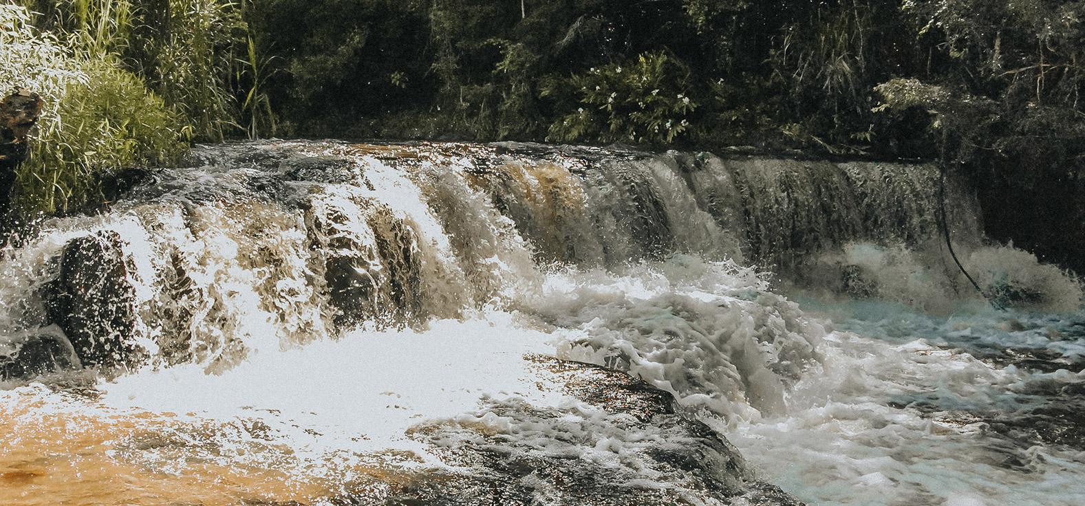 Cachoeira Cuscuzeiro em Corumbataí | Portal Serra do Itaquerí