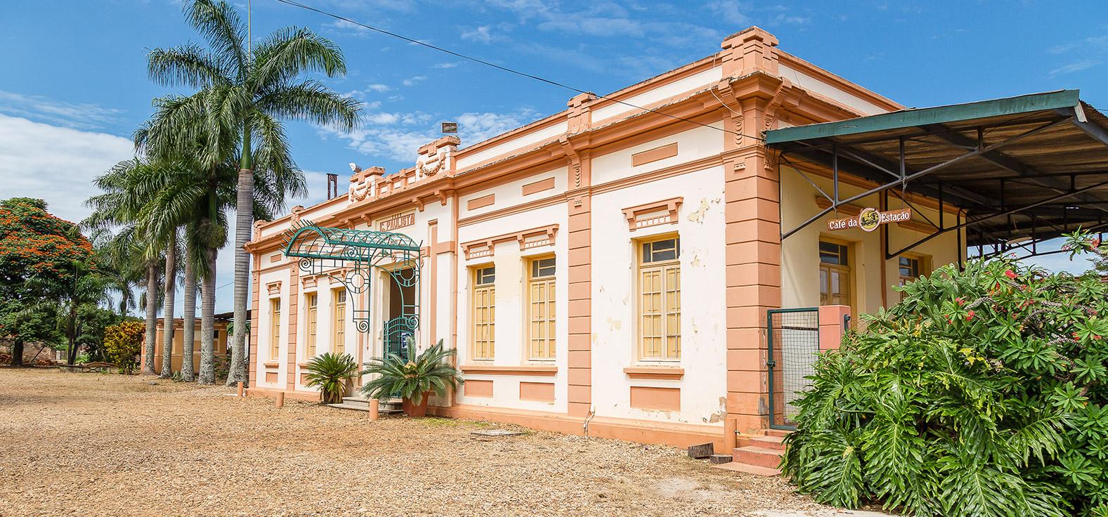 Estação em Torrinha | Portal Serra do Itaquerí
