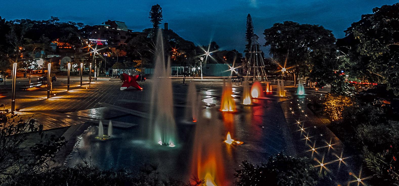 Fontes Luminosas em Águas de São Pedro | Portal Serra do Itaquerí